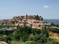 "Visit the magnificent ""Golden Triangle"" of Luberon"