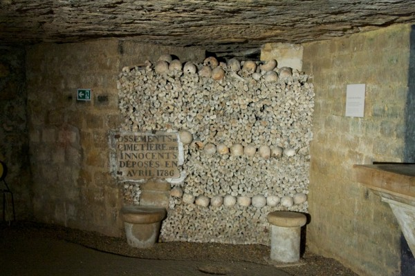 The Catacombs of Paris levork/Flickr