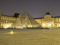 The Louvre Museum by night Serge Melki/Flickr