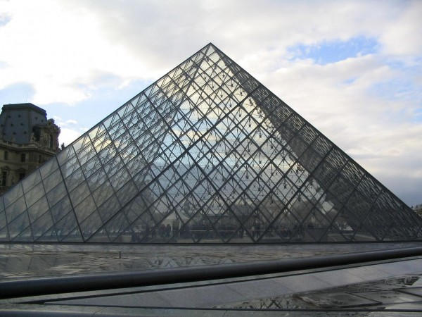 The Louvre Pyramid Bordas/Flickr
