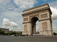8 nights Chateaux and Paris trip from $ 1,852 pp