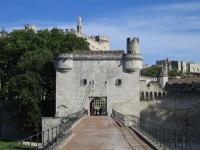 Visit the walled cities of France