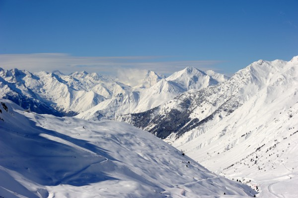 The Pyrenees during winter Tourisme Grand Tourmalet/Flickr